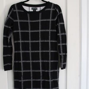 Cynthia Rowley Black and White sweater dress